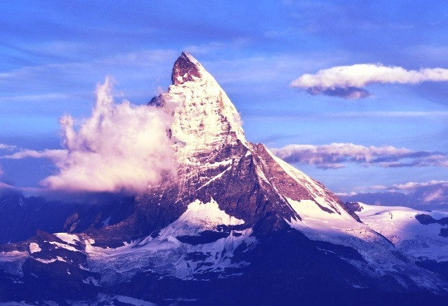 Mount Matterhorn is an obey pyramid 4