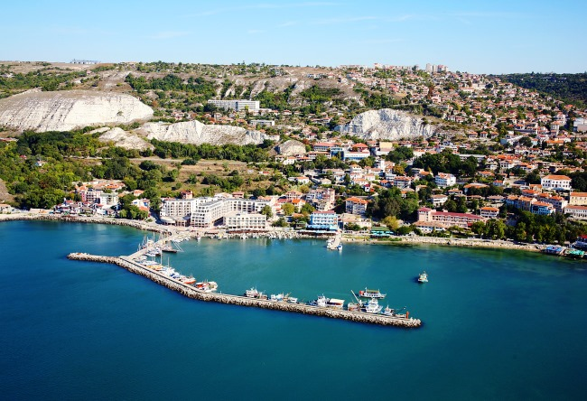 The resort town of Balchik Bulgarian 4