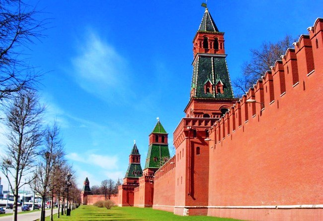 The Moscow Kremlin is the heart of Russia 5