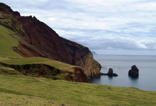 The archipelago of Tristan da Cunha. Aircraft cant sit there 3