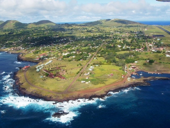 The archipelago of Tristan da Cunha. Aircraft cant sit there 4