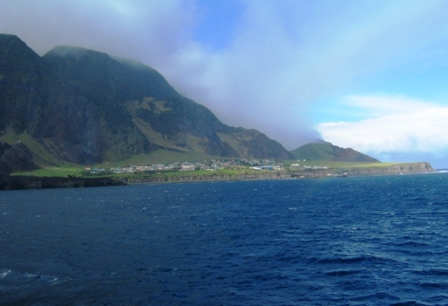 The archipelago of Tristan da Cunha. Aircraft cant sit there 5