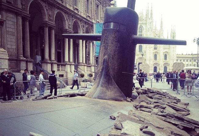 Russian submarine on a Milan street 4