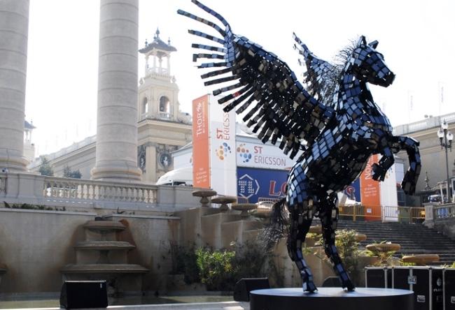 Statue of Pegasus Smartphone 5