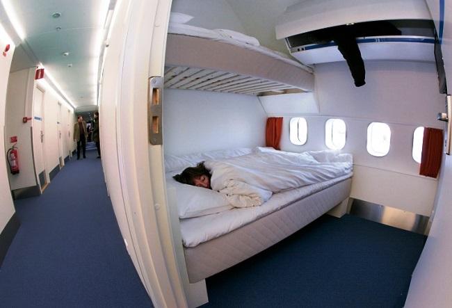The plane hotel Jumbo Hostel 3