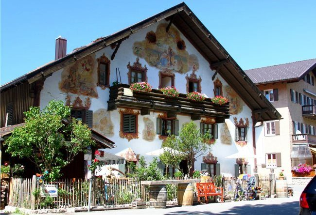 Colorful Oberammergau village 4