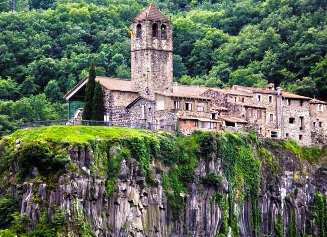 On the verge of a cliff  Castellfullite-de-la-Rock 2