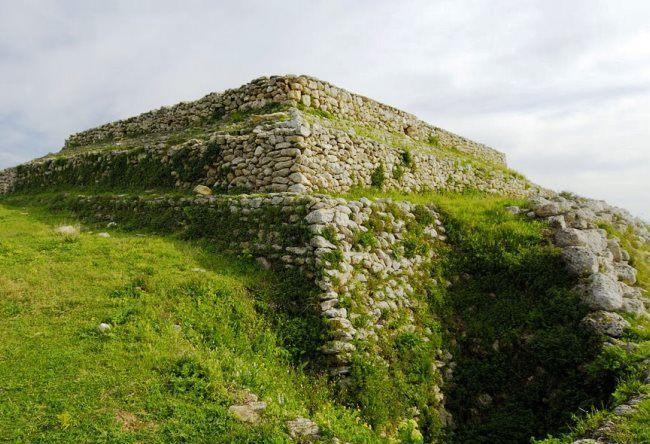 The extraordinary monument in Sardinia 2