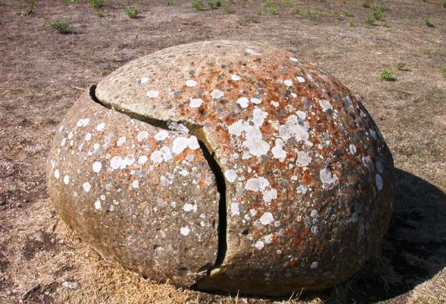 The extraordinary monument in Sardinia 3