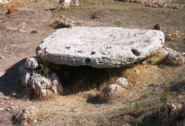The extraordinary monument in Sardinia 4