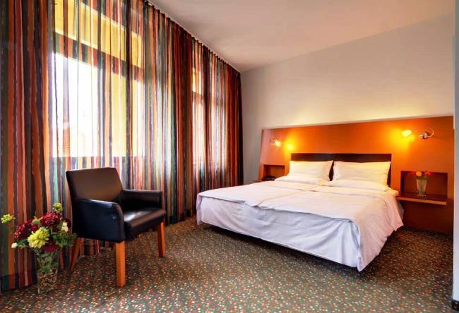 Топ-10 самых лучших отелей Праги 9