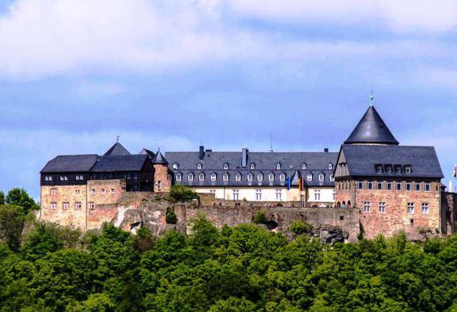 Топ-10 отелей в замках в Германии 7