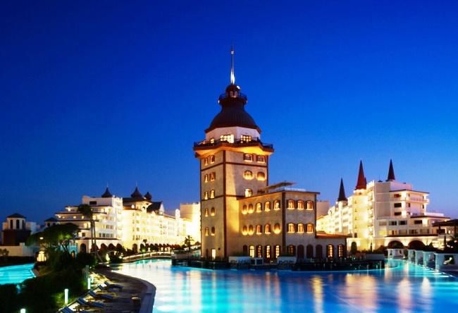 Топ-10 крутых бассейнов в отелях Турции 9