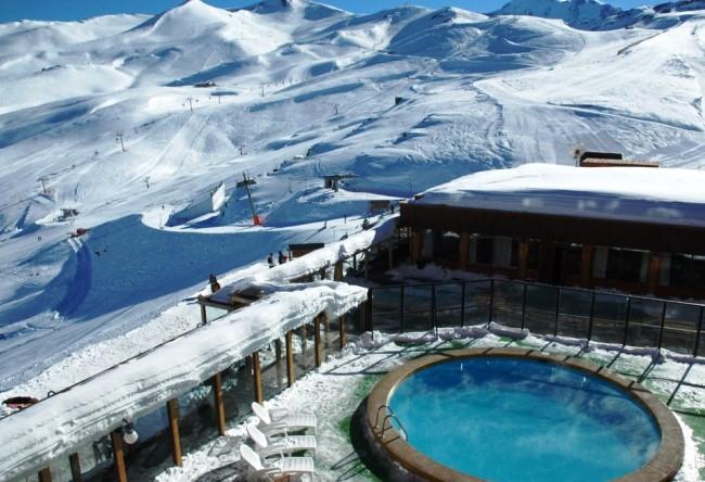 Топ-10 прекрасных зимних бассейнов 3