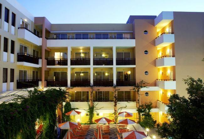 Топ-10 бюджетных отелей для семейного отдыха 2