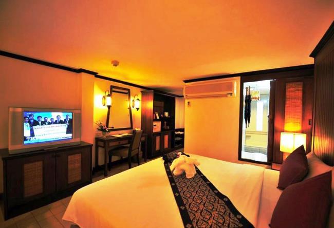 Топ-10 бюджетных отелей Пхукет 10
