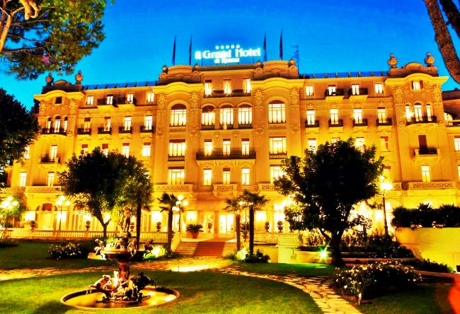 Топ-10 отелей с богатой историей в США и Европе  8