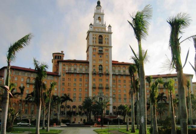 Топ-10 лучших отелей в Майами для проведения свадебных церемоний 1