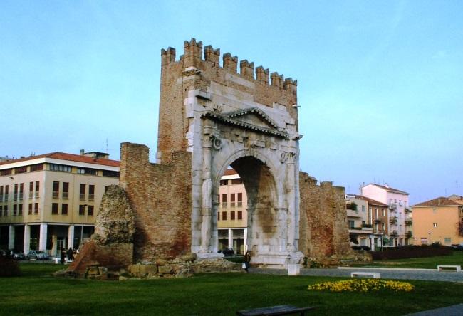 Топ-10 отелей в замках в Италии 5