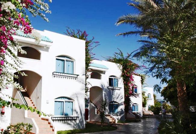 Топ-10 лучших отелей для пляжного отдыха зимой 1