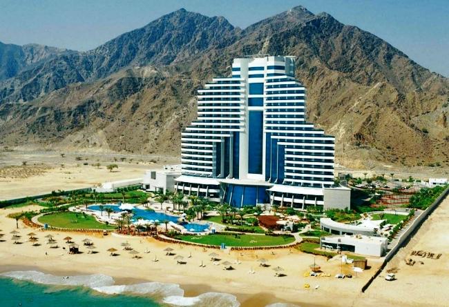 Топ-10 лучших отелей для пляжного отдыха зимой 4