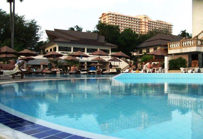 Топ-10 лучших отелей для пляжного отдыха зимой 7