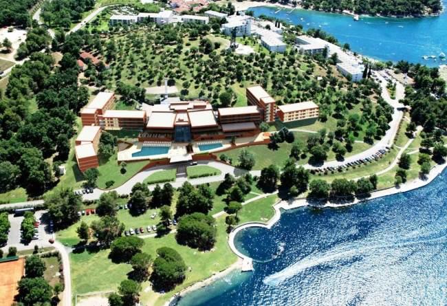 Топ-10 лучших отелей для пляжного отдыха зимой 9