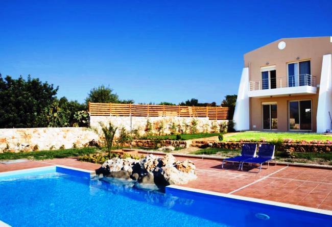 Топ-10 самых популярных отелей Греции 4