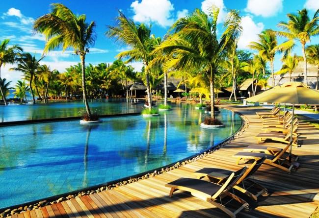 Топ-10 лучших отелей на пляжах 2