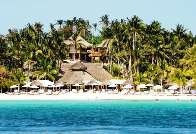 Топ-10 лучших отелей на пляжах 9