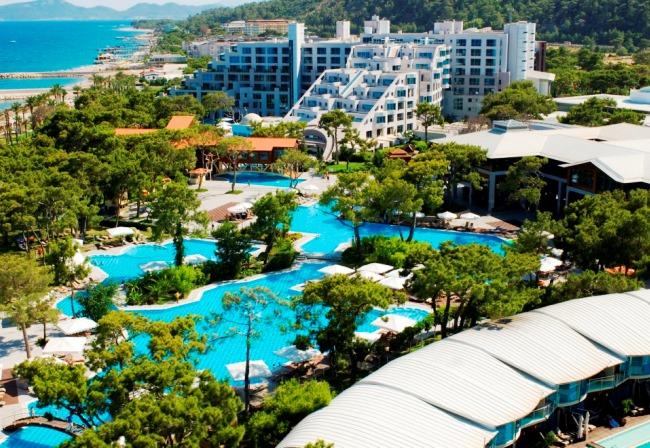 Топ-10 лучших отелей Турции с аквапарками 1