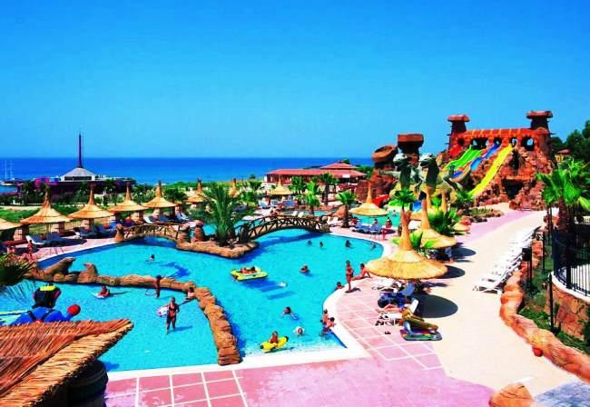 Топ-10 лучших отелей Турции с аквапарками 9