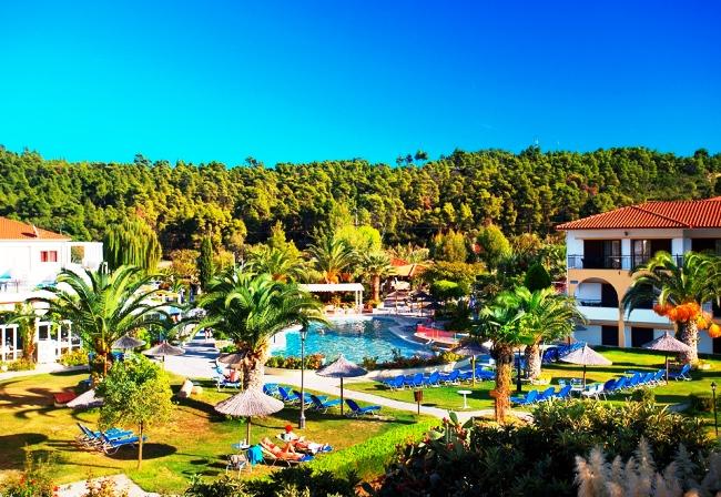 Tоп-10 лучших отелей для отдыха с детьми в Греции 3
