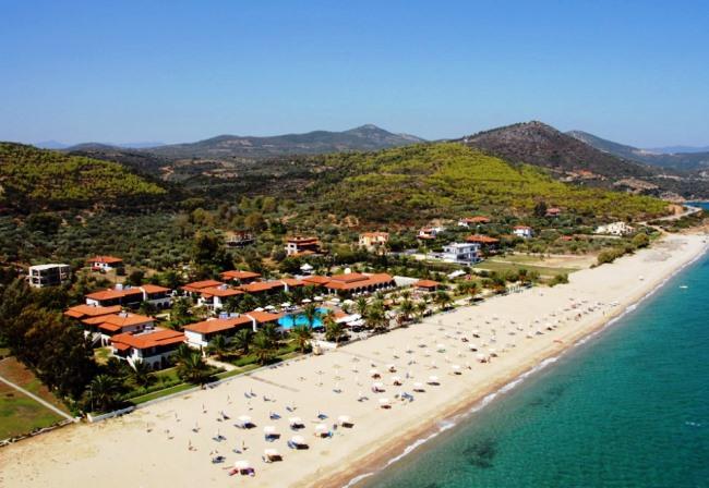 Tоп-10 лучших отелей для отдыха с детьми в Греции 6