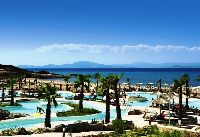 Tоп-10 лучших отелей для отдыха с детьми в Греции 9