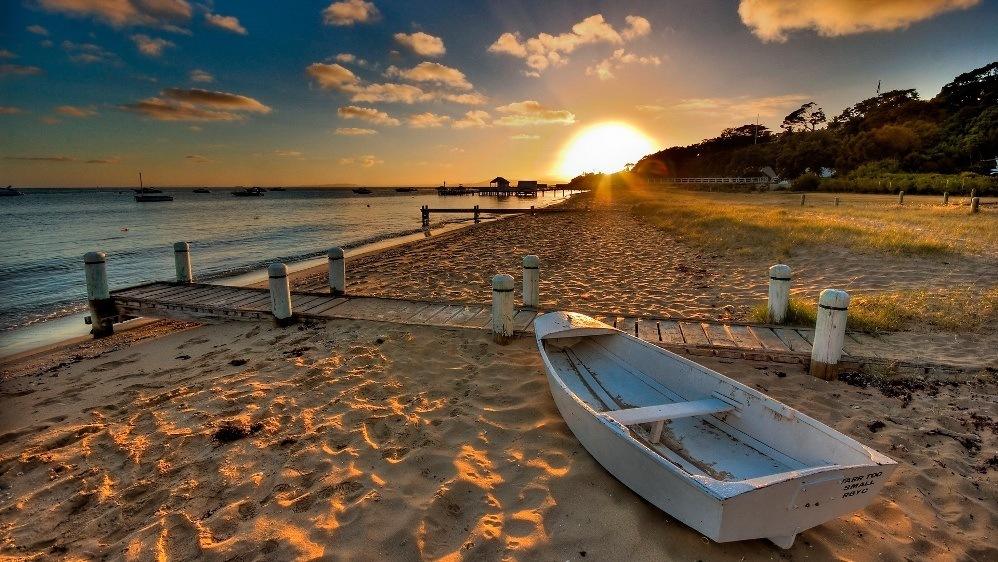 Пляжный отдых в октябре