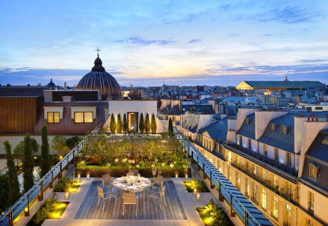 Top 10 best hotels located in the palaces 10