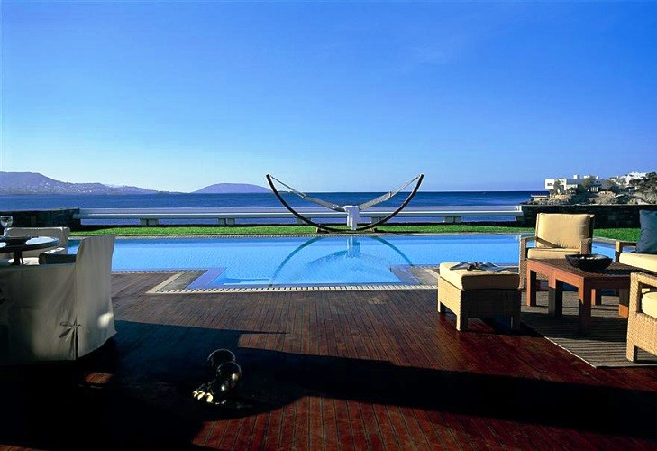 Top-10 most expensive hotels in the world 10.2