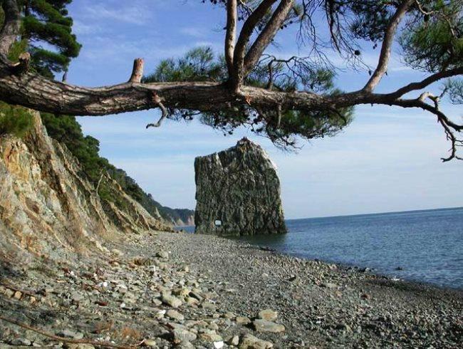 Главный парус Чёрного моря – скала Парус