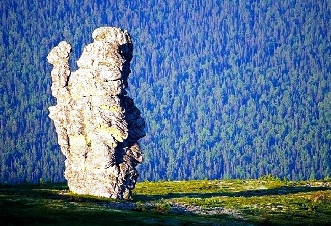 Семь великанов на Мань-Пупу-Нер 4 1526.мир
