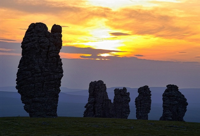 Семь великанов на Мань-Пупу-Нер 5 1526.мир