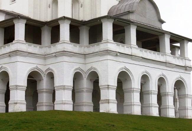 Белокаменная святыня в селе Коломенское