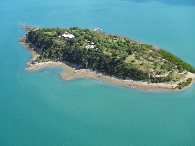 turtle-island qld