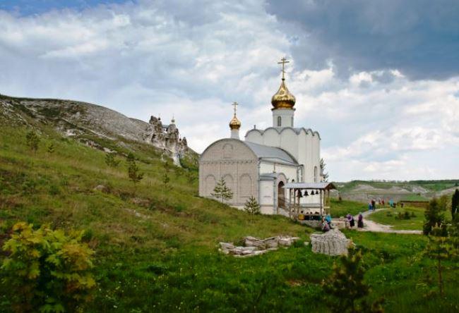 Свято-Спасский монастырь в Костомарово 5