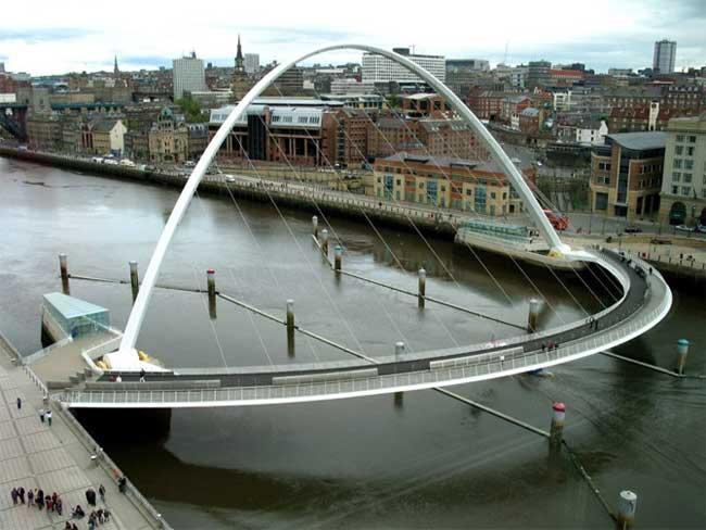 1298017574 22 bridges3