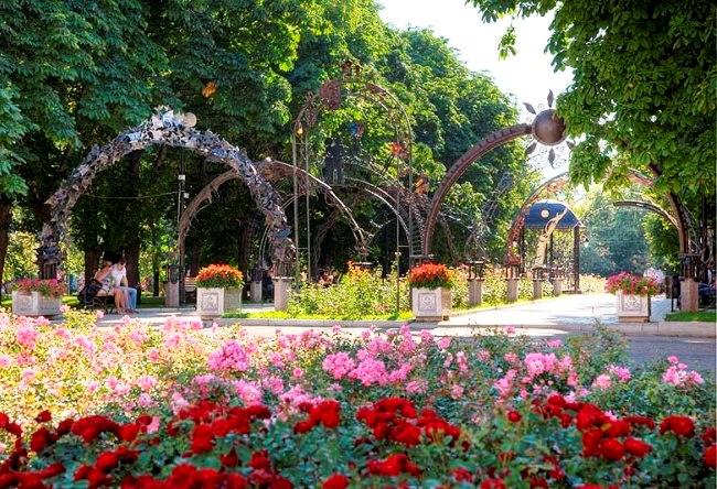 Самый настоящий бриллиант  город Донецк 2