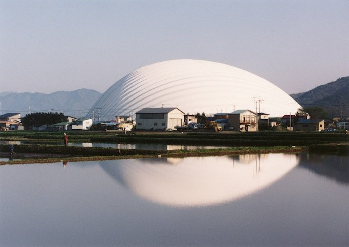 """""""Дом для всех"""", Акита, Япония. 1993-1997"""