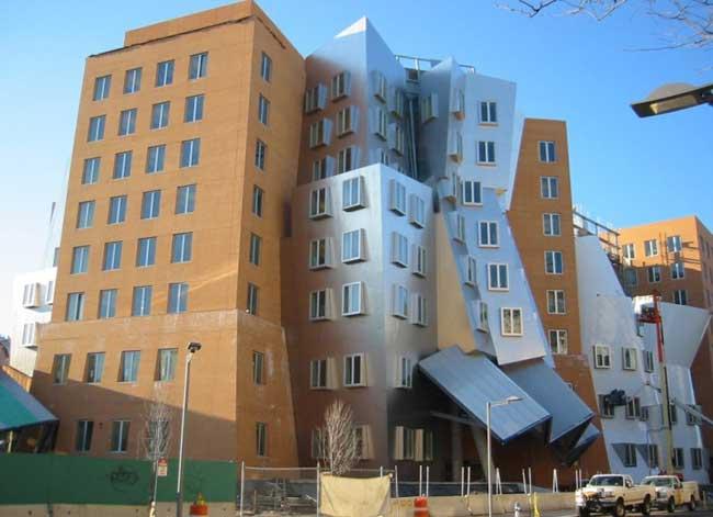 Самые необычные здания мира: университеты
