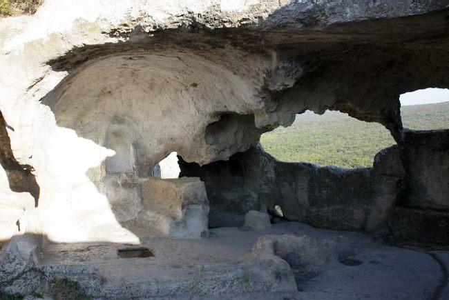 Crimea Bakhchisarai the cave town Eski Kermen 5