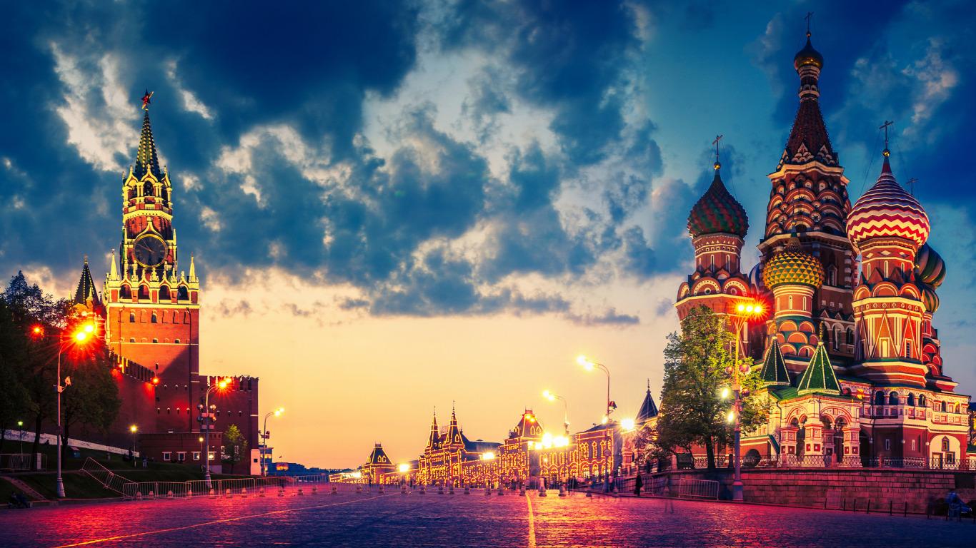 Путешествие по значимым местам России